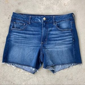 American Eagle 14 Hi-Rise Stretchy Jean Shorts